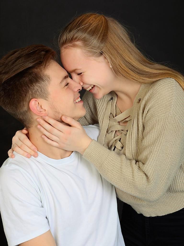 JET-FOTO-Studiobilder_Junges Paar